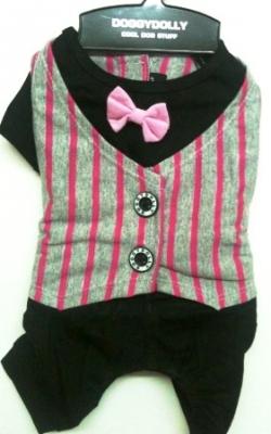 Черен панталон с розов елек и папионка
